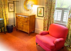 The Chardonnay Room - Sitting Area
